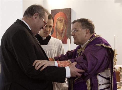 Grand Master Fra'Matthew Festing greets Cardinal Burke