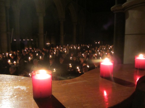 London: Order's Christmas carol service, St James's Spanish Place