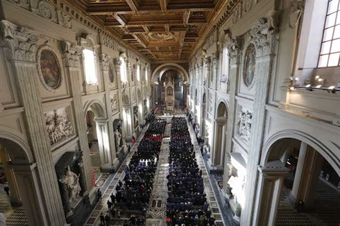 The congregation, St John Lateran