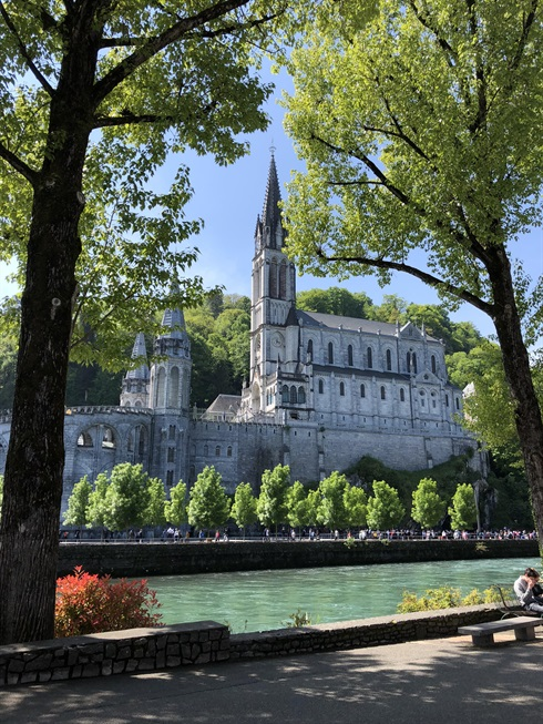 Lourdes - the old Basilica