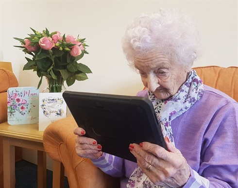 Britain - the joy of iPad contact!
